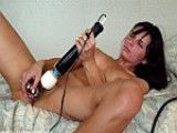 Polish Amatuer learns how to orgasm