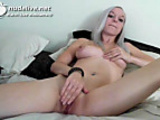 Cam; Hot Blonde Babe Plays With Her Pussy In The Bed