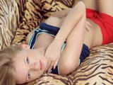 Blonde Chick Undress And Rubbing