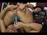 2 Amazing Chicks Fuck In The GyM