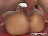 Amateur Teen Girlfriend Homemade Threesome With Facials