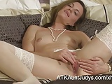 Mommy Sofia Matthews spreads her mature snatch in stockings