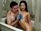 Stunning asian girlfriend gets banged in the bathtub