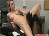 Sinnamon Love and Lily LaBeau licking