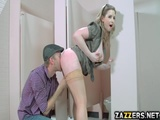 MsLane masturbates in girls bathroom