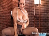 Muscled Babe Rubbing Huge Clit - Athletic Videos
