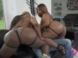 Victoria cakes Threesome