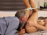 Daddy Bear Surprise Your Gf And She Will Penetrate With