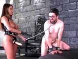 MISTRESS DOMME SHOWS NO MERCY
